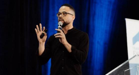 Brian Tagalog photographed Pastor David Franklin at Columbia Union Conference's Transformational Evangelism.