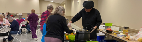 Professional chef Mark Anthony provides a cooking school training, hosted by the Findlay church.