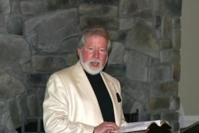 Bruce Cameron, law professor at Regent University School of Law in Virginia Beach, Va., shares the keynote address at the Sunday evening dinner.